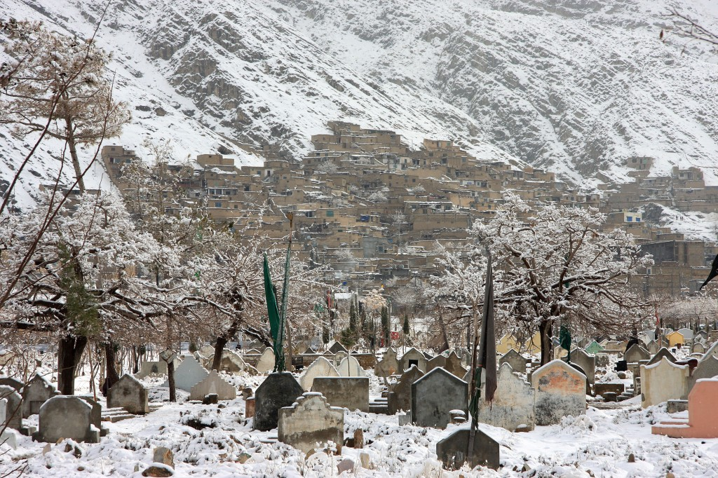 Hazara graves in Quetta, Pakistan. Photo by Ghulam Sakhi Hazara